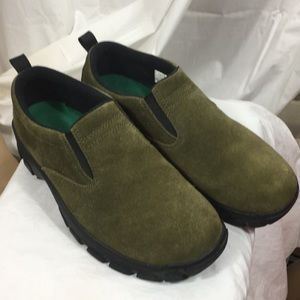 Lands End green suede  shoes size-7